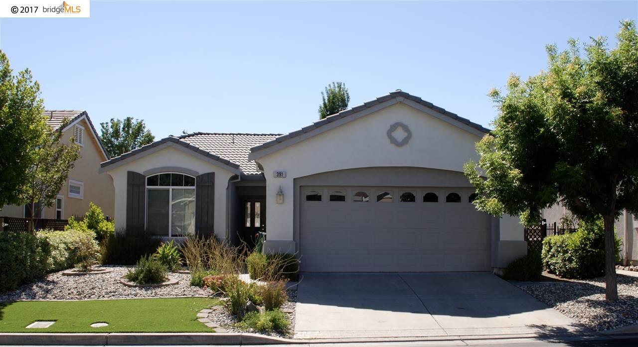 Maison unifamiliale pour l à louer à 391 Earlham Way Brentwood, Californie 94513 États-Unis