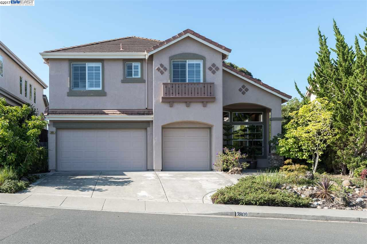 Single Family Home for Sale at 3809 Boulder Canyon Drive Castro Valley, California 94552 United States