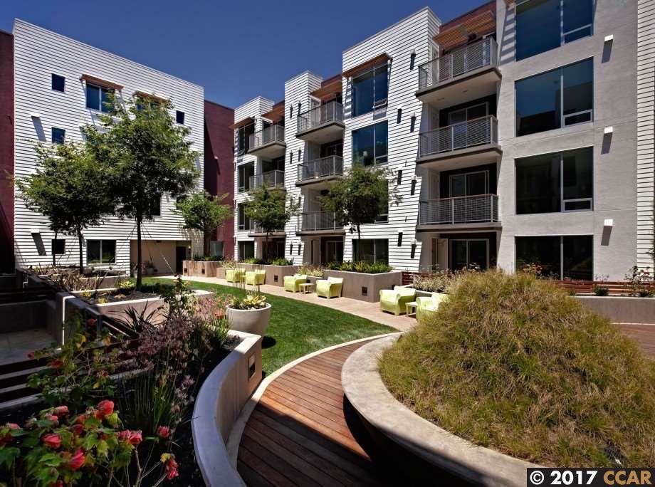 Appartement en copropriété pour l à louer à 555 YGNACIO VALLEY Road Walnut Creek, Californie 94596 États-Unis