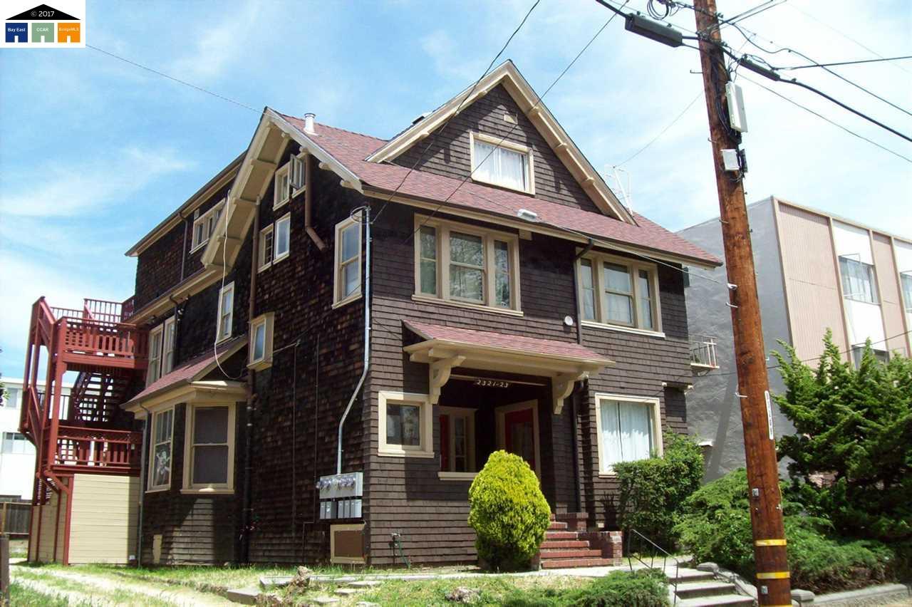 Casa Multifamiliar por un Venta en 2321 Blake Street Berkeley, California 94704 Estados Unidos