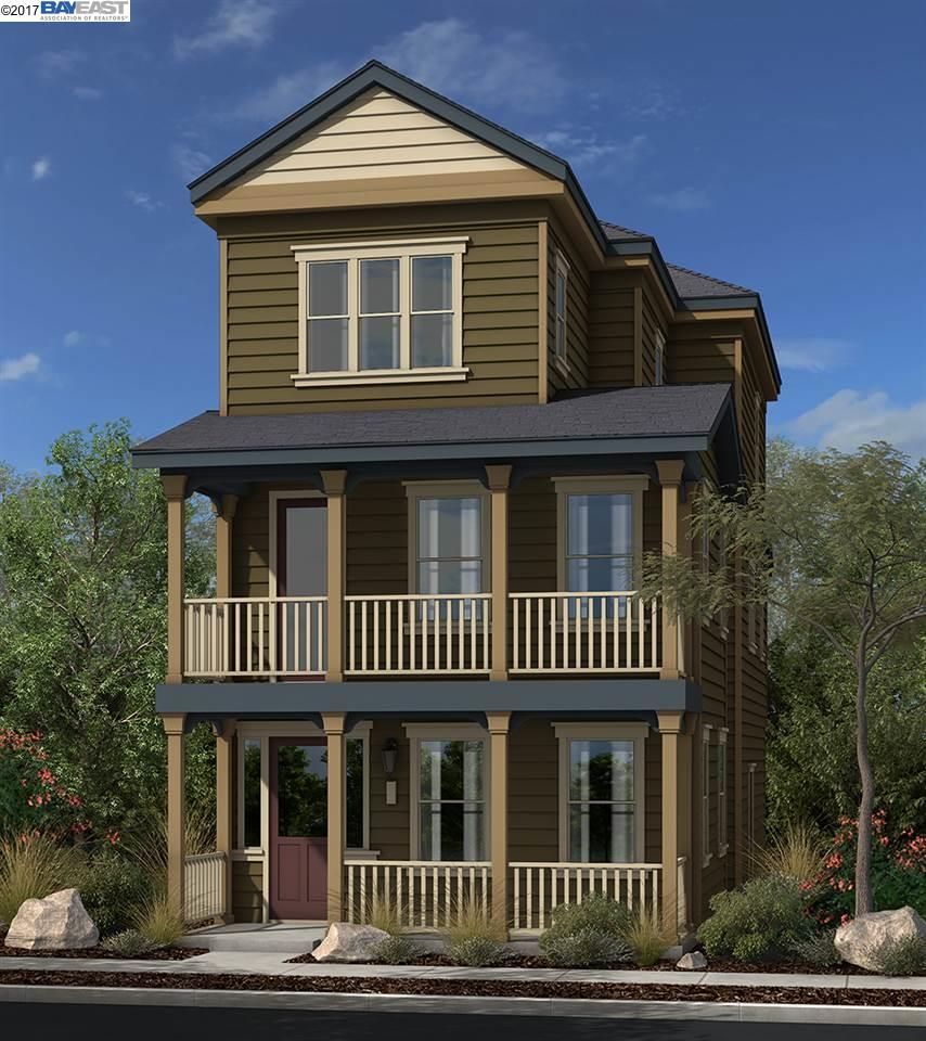 獨棟家庭住宅 為 出售 在 1765 Shasta Lane 1765 Shasta Lane Hercules, 加利福尼亞州 94547 美國
