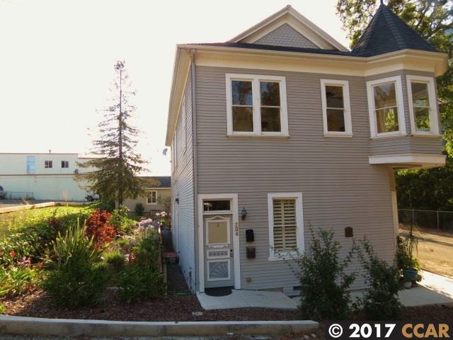 واحد منزل الأسرة للـ Sale في 204 Bay Crockett, California 94525 United States