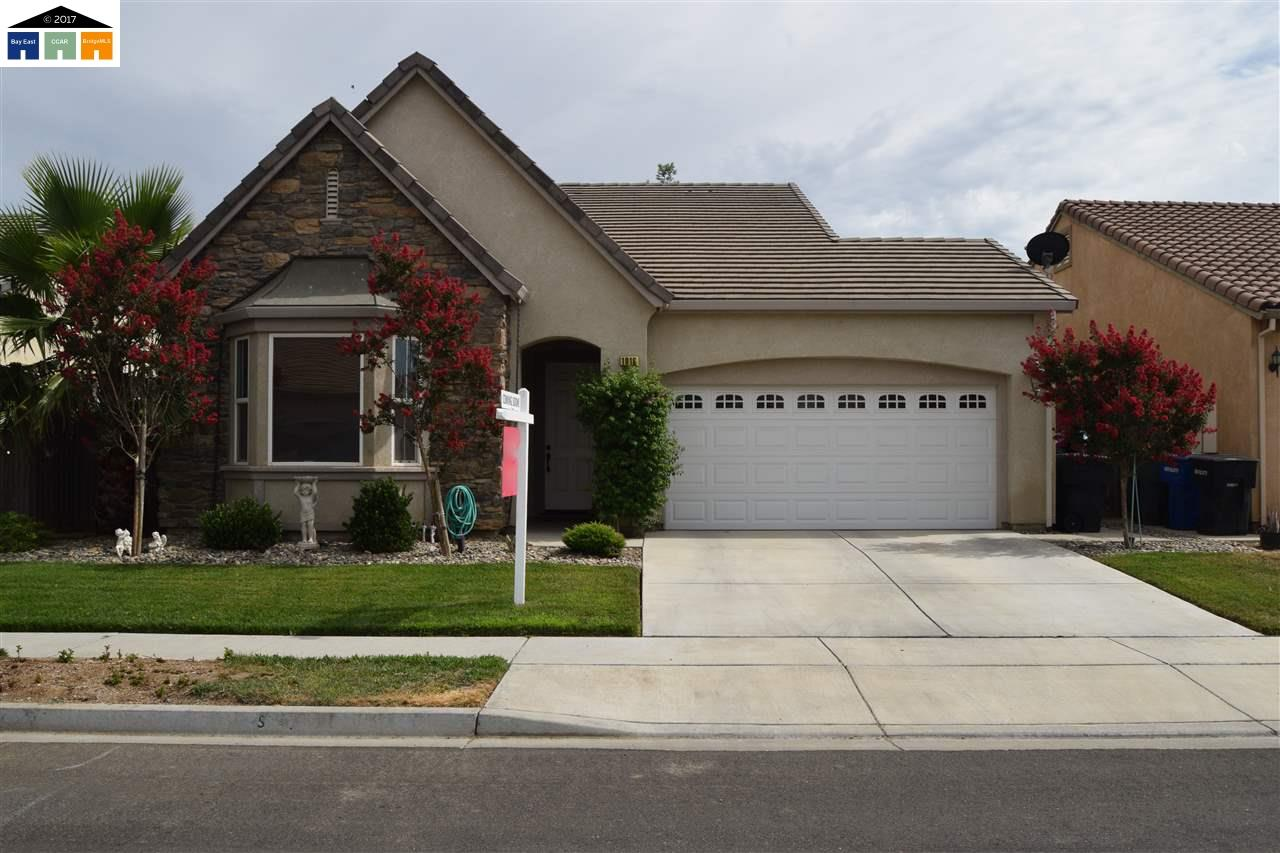 Single Family Home for Sale at 1016 SUMMER LANE 1016 SUMMER LANE Patterson, California 95363 United States