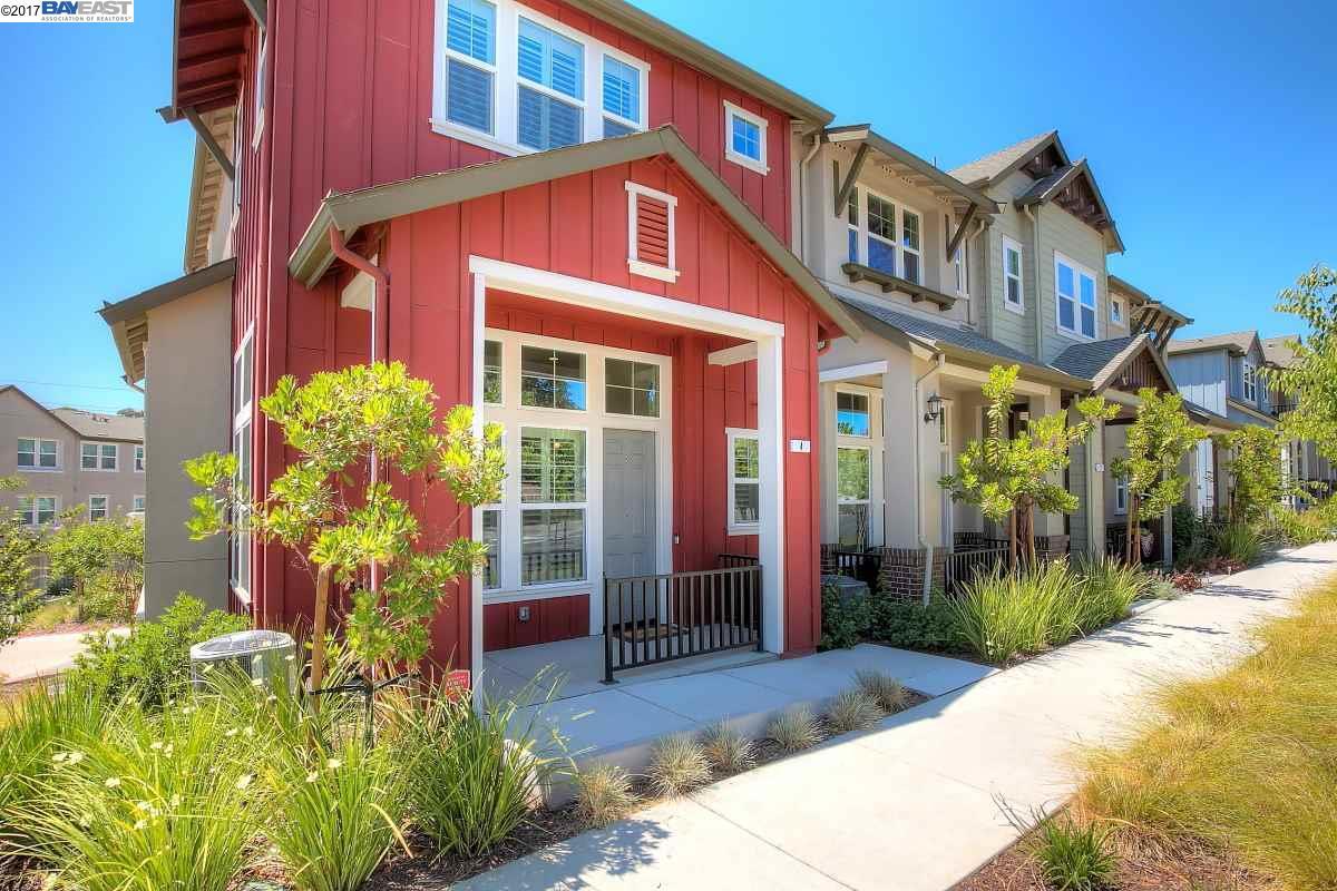 タウンハウス のために 売買 アット 3989 Portola Common Livermore, カリフォルニア 94551 アメリカ合衆国