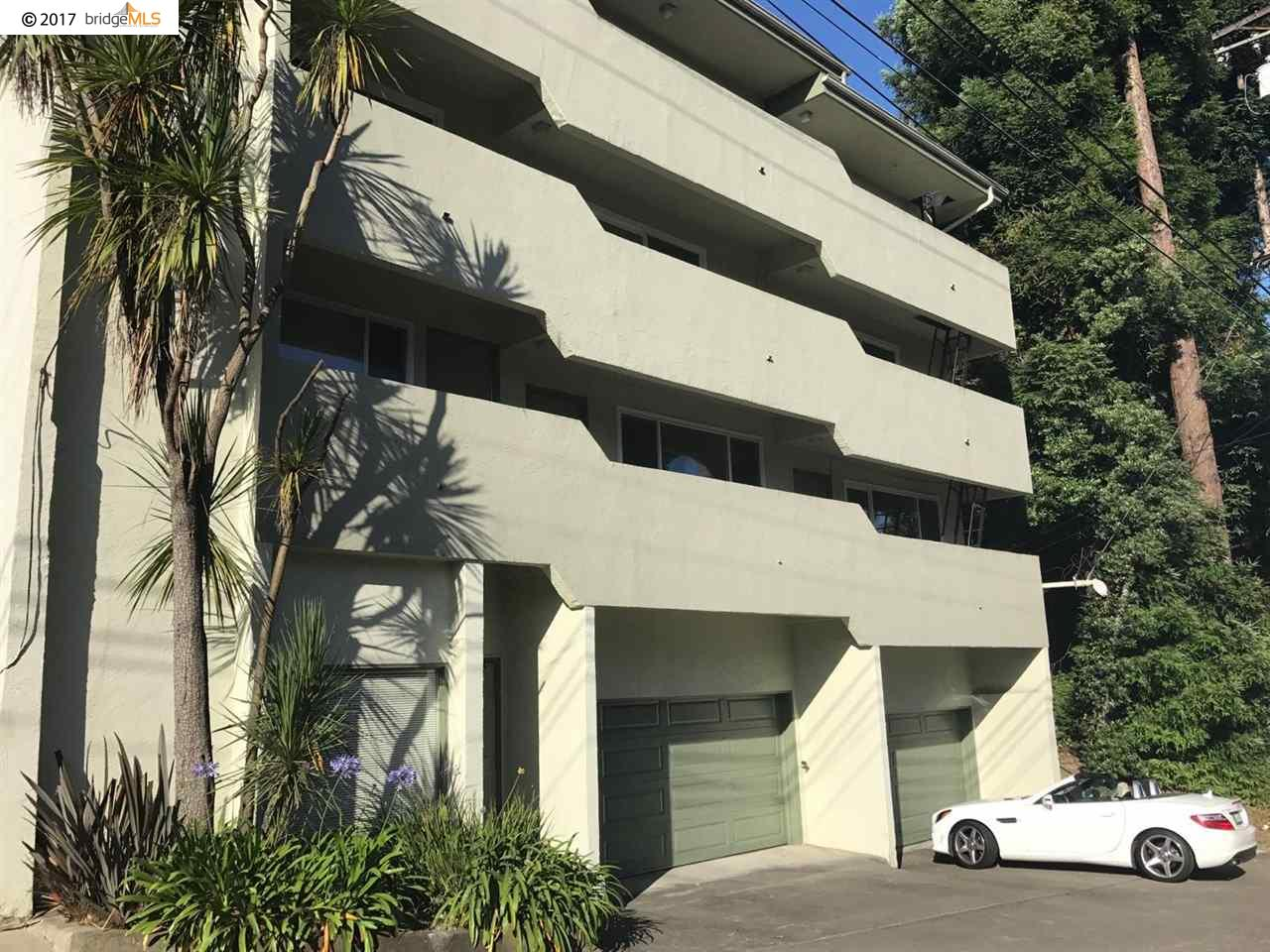 Casa Multifamiliar por un Venta en 655 Macarthur Blvd Oakland, California 94610 Estados Unidos