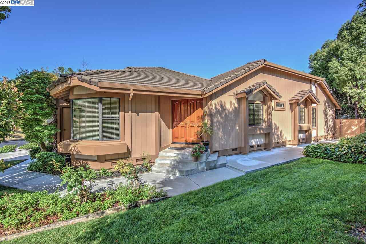 タウンハウス のために 売買 アット 846 Waverly Cmn Livermore, カリフォルニア 94551 アメリカ合衆国