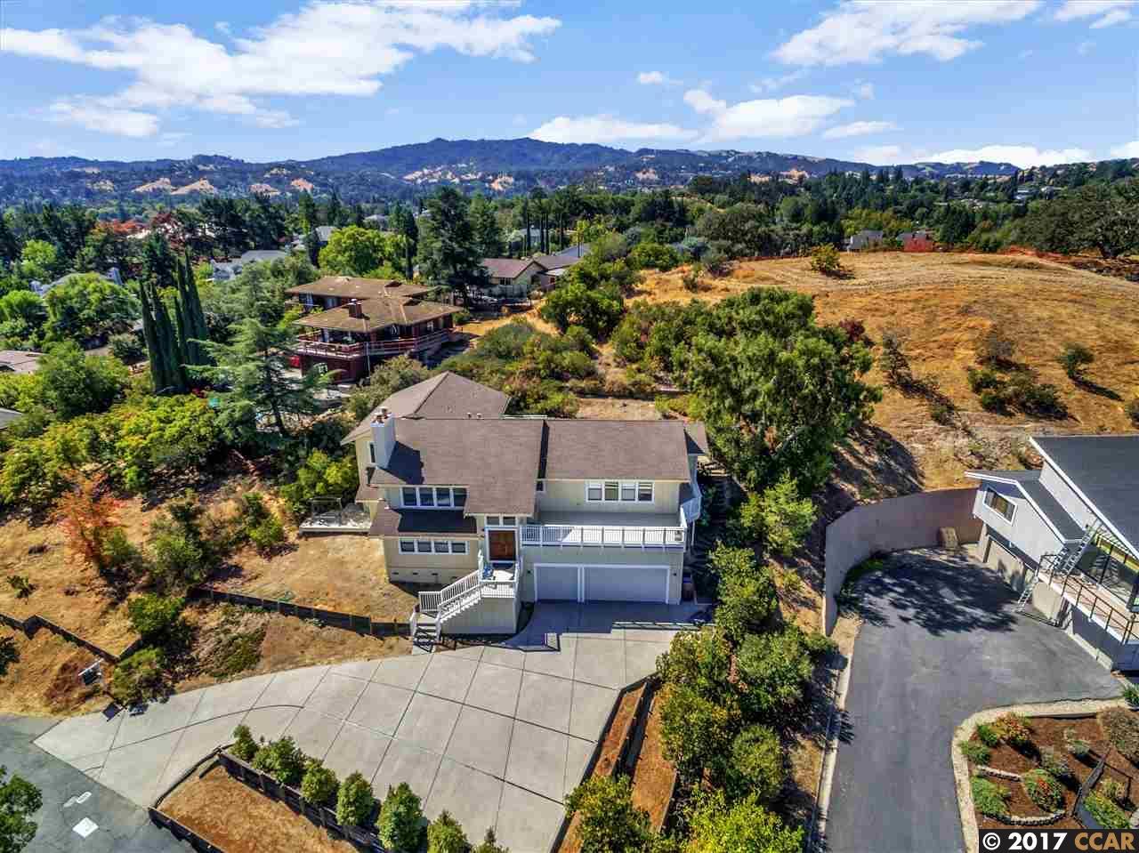 Maison unifamiliale pour l Vente à 505 CAMINO LAS JUNTAS 505 CAMINO LAS JUNTAS Pleasant Hill, Californie 94523 États-Unis