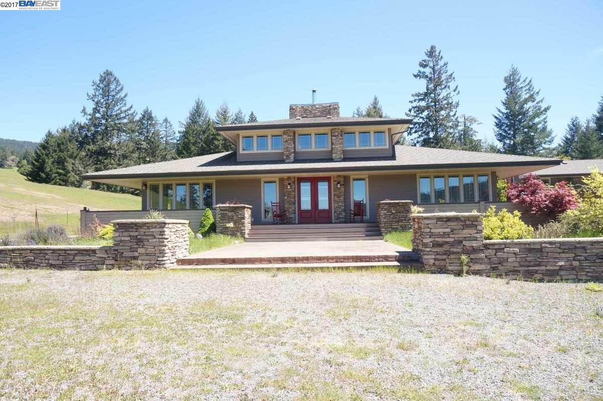 Single Family Home for Sale at 40500 Alderpoint Road 40500 Alderpoint Road Bridgeville, California 95526 United States