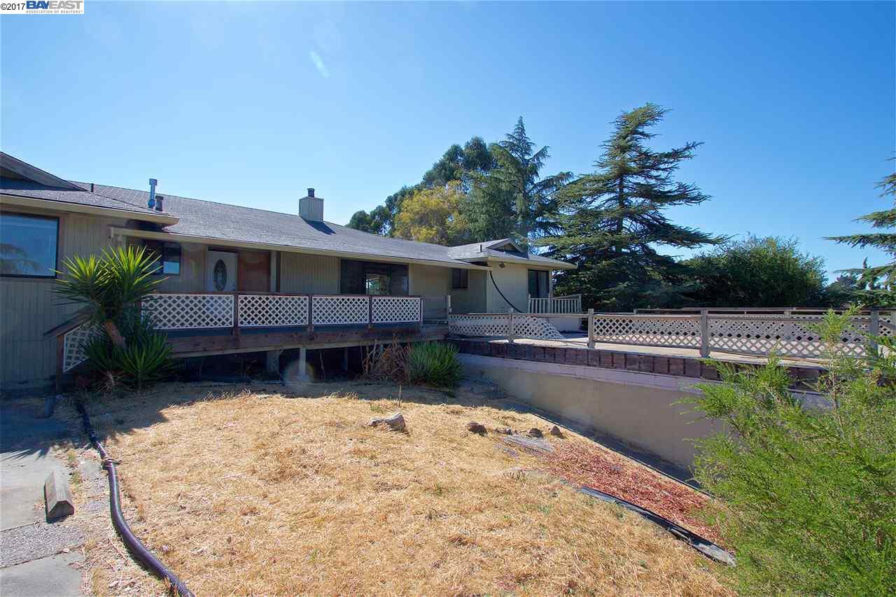27440 Fairview Ave, HAYWARD HILLS, CA 94542