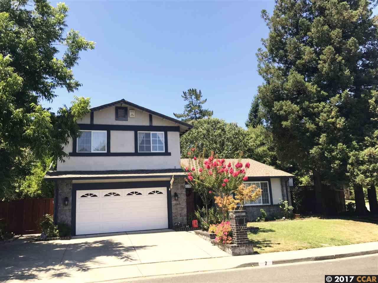 Maison unifamiliale pour l Vente à 2 Wildwood Place Pleasant Hill, Californie 94523 États-Unis