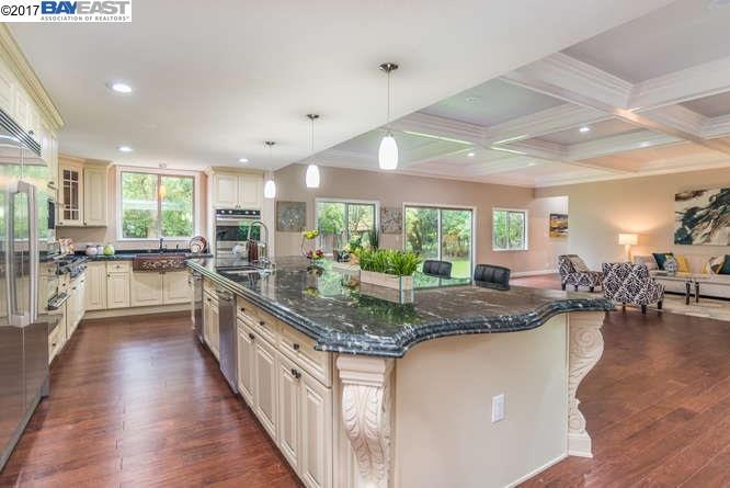 獨棟家庭住宅 為 出租 在 2081 Danville Blvd Alamo, 加利福尼亞州 94507 美國