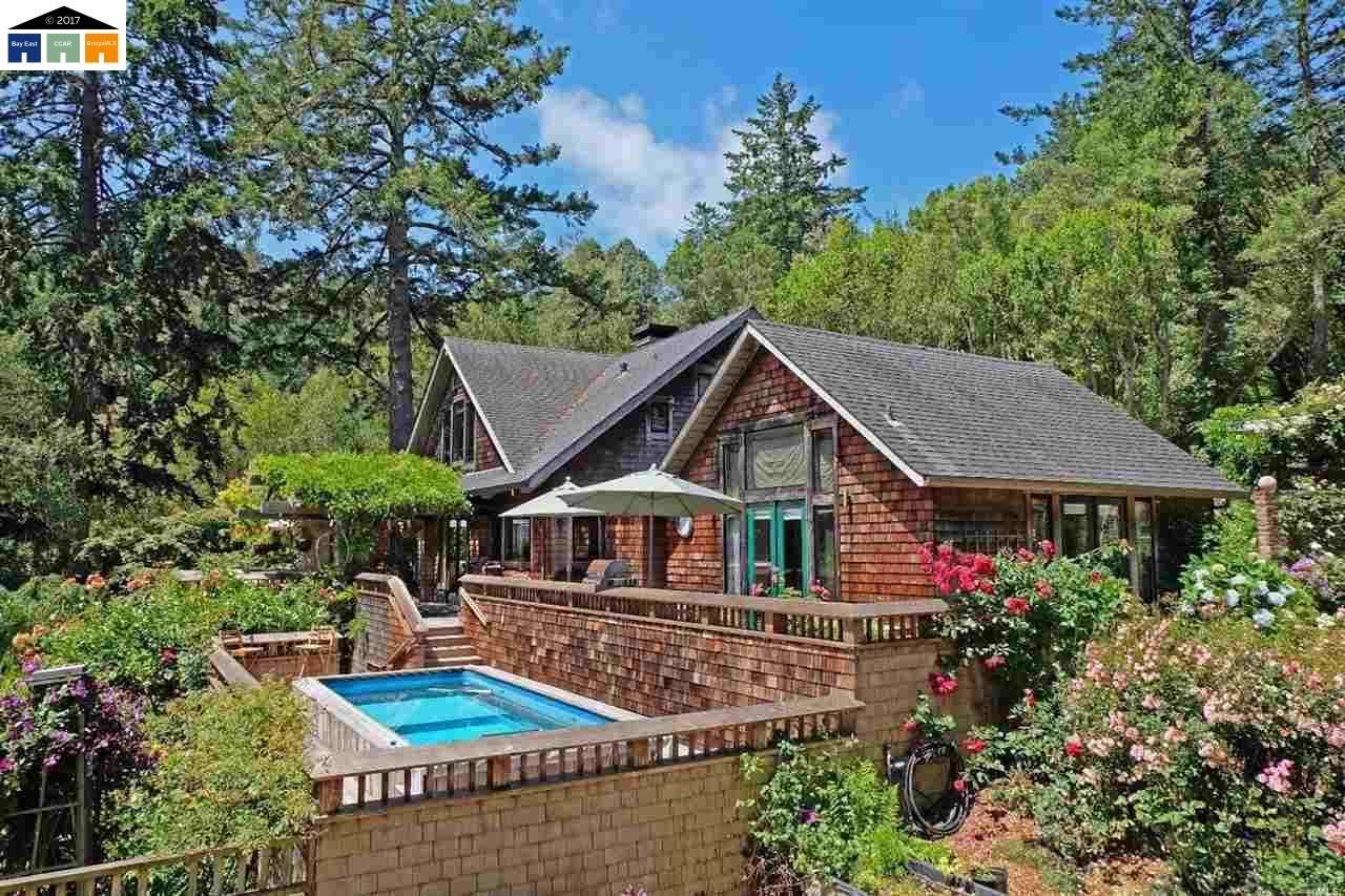 Частный односемейный дом для того Продажа на 30 Roberts Road Inverness, Калифорния 94937 Соединенные Штаты