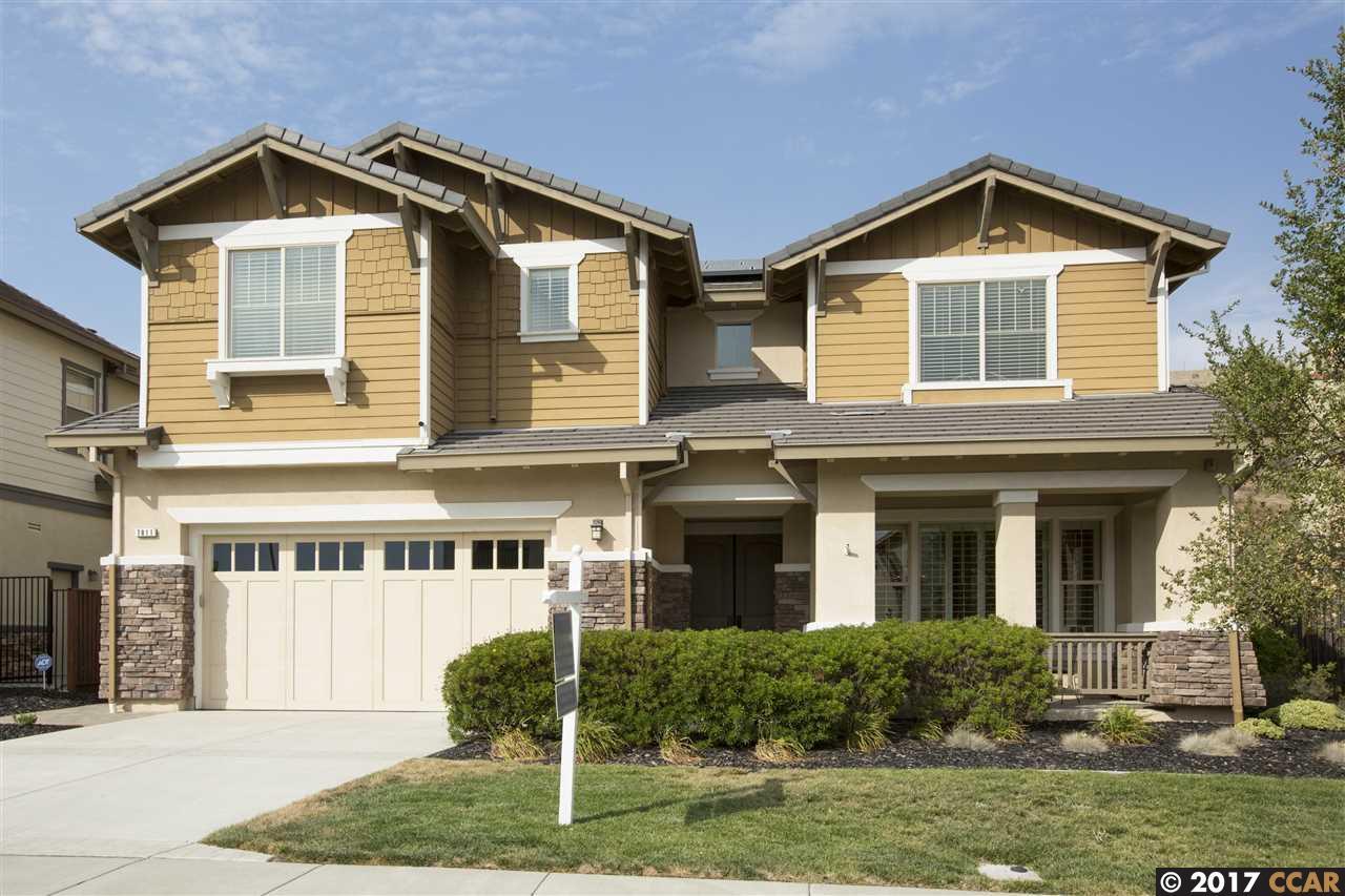 Casa Unifamiliar por un Venta en 7811 Ridgeline Drive Dublin, California 94568 Estados Unidos