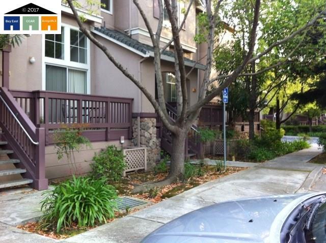Casa unifamiliar adosada (Townhouse) por un Alquiler en 1245 Koi Ter Fremont, California 94536 Estados Unidos