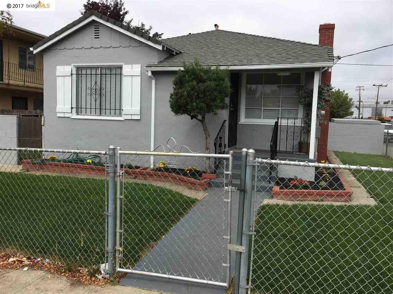 واحد منزل الأسرة للـ Sale في 2545 75th Avenue 2545 75th Avenue Oakland, California 94605 United States