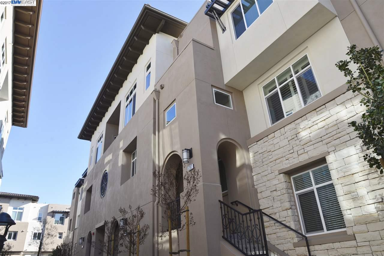Townhouse for Rent at 5207 S Esprit Dublin, California 94568 United States