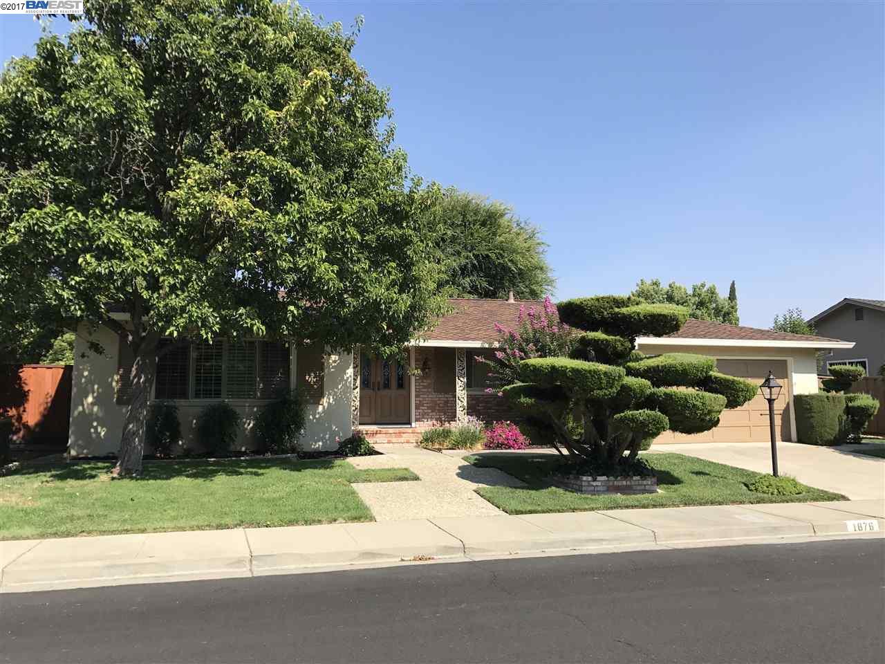 Maison unifamiliale pour l à louer à 1876 Tanglewood Way Pleasanton, Californie 94566 États-Unis