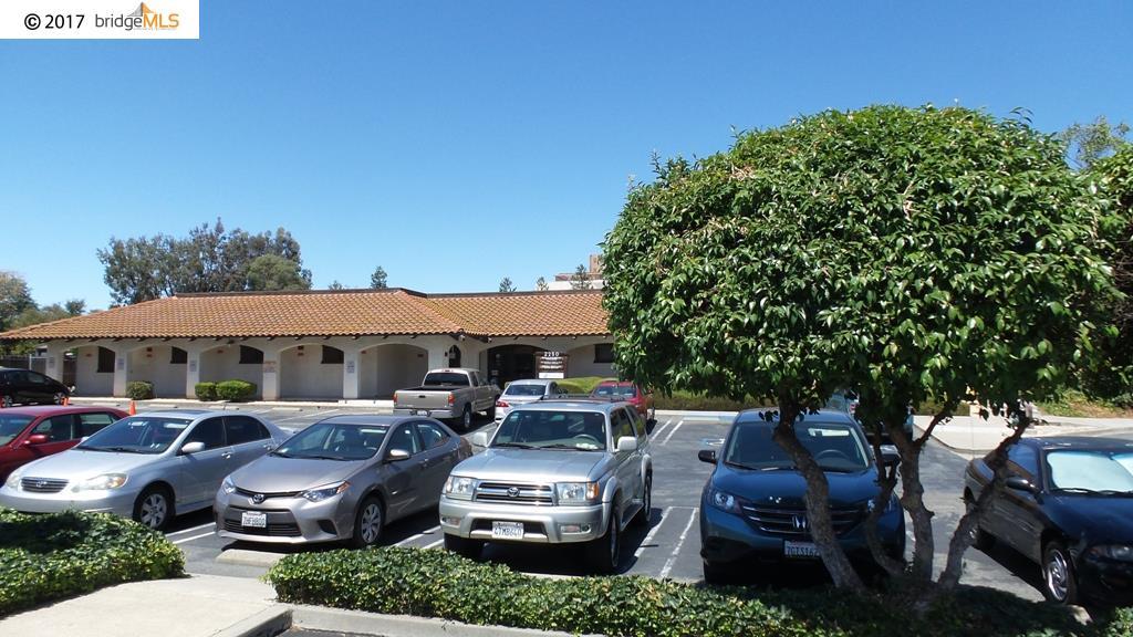 獨棟家庭住宅 為 出租 在 2250 Gladstone Dr., Ste 1 2250 Gladstone Dr., Ste 1 Pittsburg, 加利福尼亞州 94565 美國
