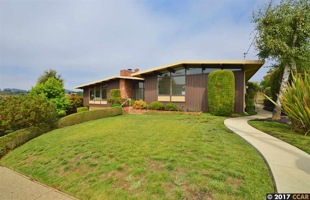 Single Family Home for Sale at 4474 Belmont Way 4474 Belmont Way Castro Valley, California 94546 United States