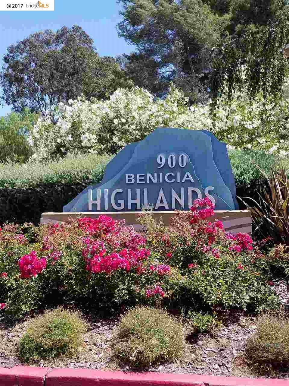 Condominio por un Venta en 900 Cambridge Drive Benicia, California 94510 Estados Unidos
