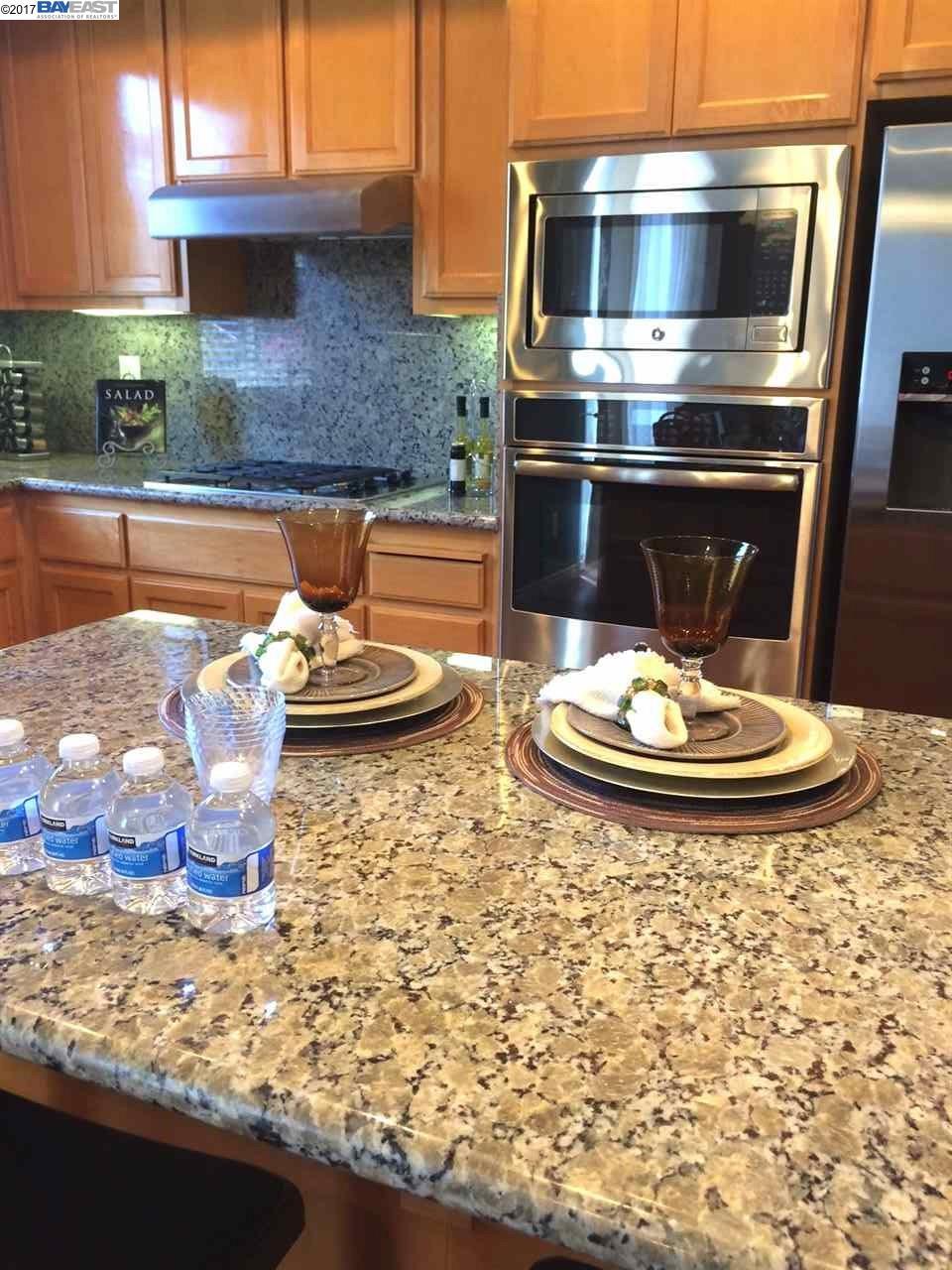 Maison accolée pour l à louer à 2536 Rockhampton Road San Ramon, Californie 94582 États-Unis