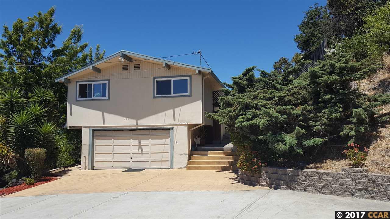 Casa Unifamiliar por un Venta en 625 Roble Avenue Pinole, California 94564 Estados Unidos