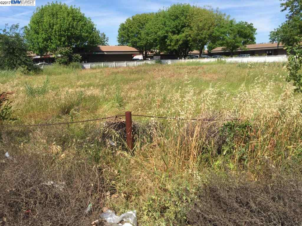 Terreno por un Venta en 845 East Street Woodland, California 95776 Estados Unidos