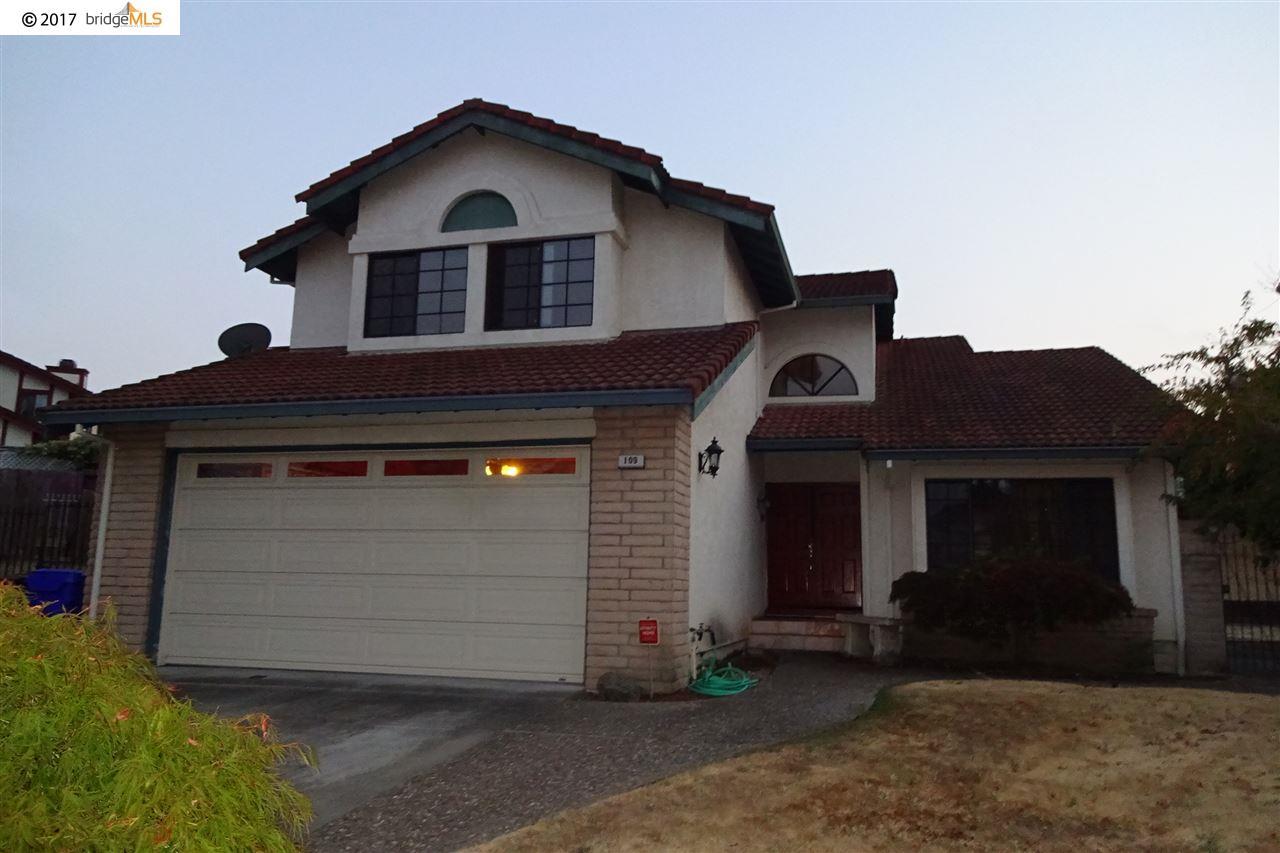 Частный односемейный дом для того Продажа на 109 Spinel Hercules, Калифорния 94547 Соединенные Штаты