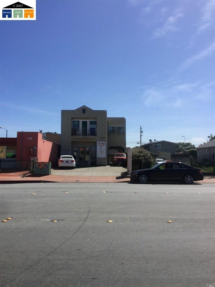 二世帯住宅 のために 売買 アット 1876 23rd street San Pablo, カリフォルニア 94806 アメリカ合衆国
