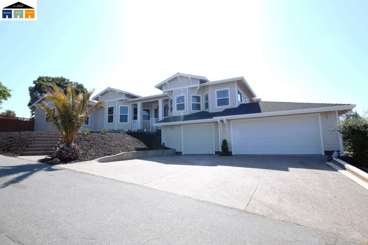 Single Family Home for Sale at 1900 Judith Place Concord, California 94521 United States