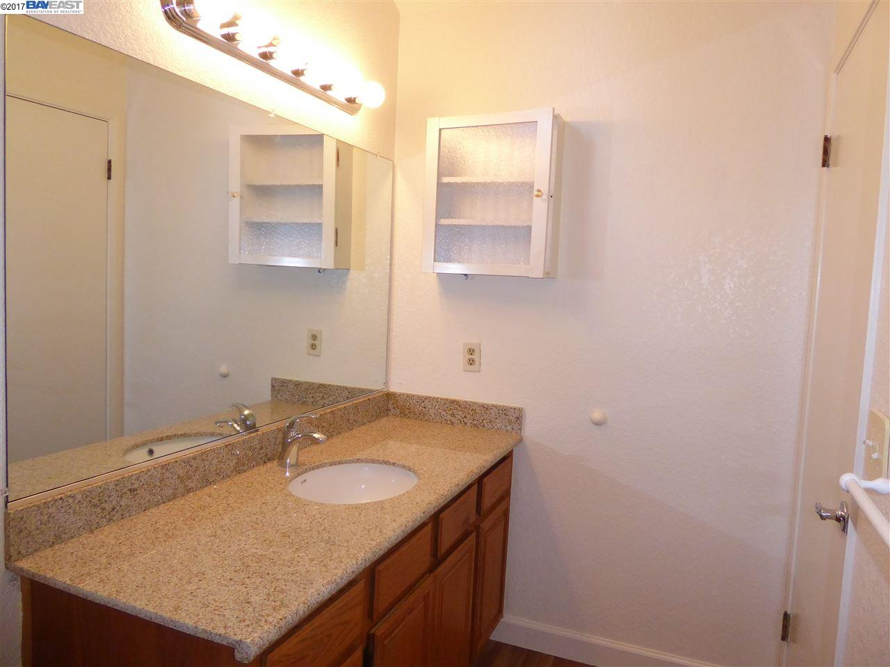 Additional photo for property listing at 4123 Lethram Court  Pleasanton, California 94588 United States
