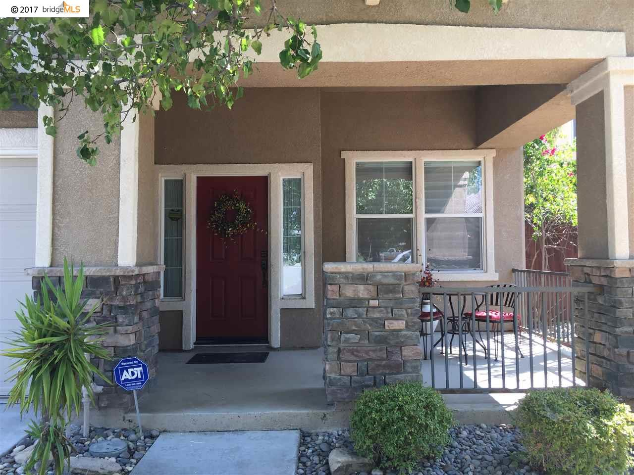 واحد منزل الأسرة للـ Sale في 2404 Mammoth Way 2404 Mammoth Way Antioch, California 94531 United States
