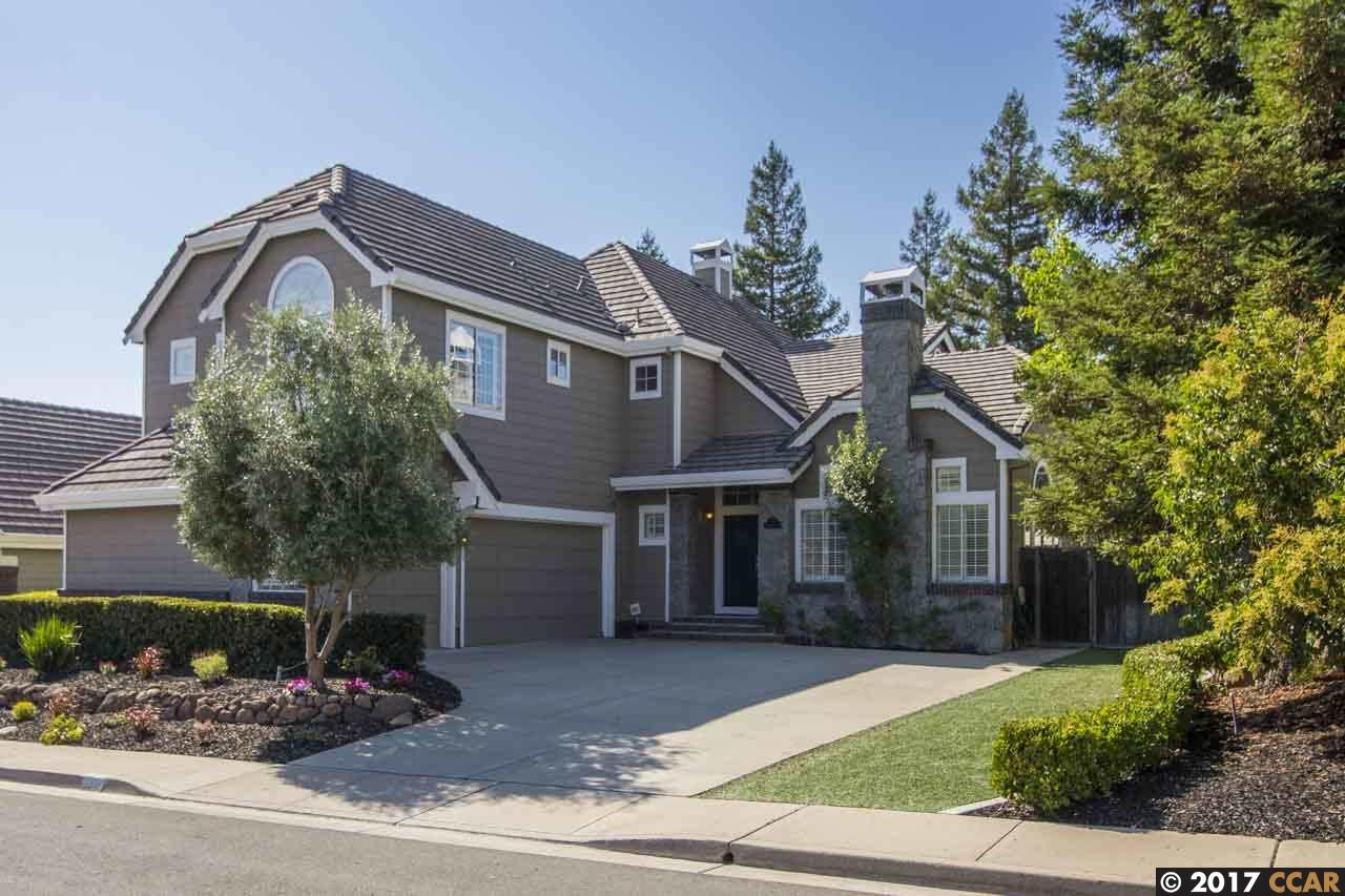 Single Family Home for Sale at 353 Blue Oak Lane Clayton, California 94517 United States