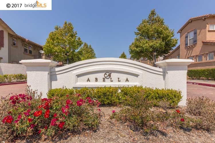 Einfamilienhaus für Verkauf beim 107 San Tomas Court 107 San Tomas Court San Pablo, Kalifornien 94806 Vereinigte Staaten