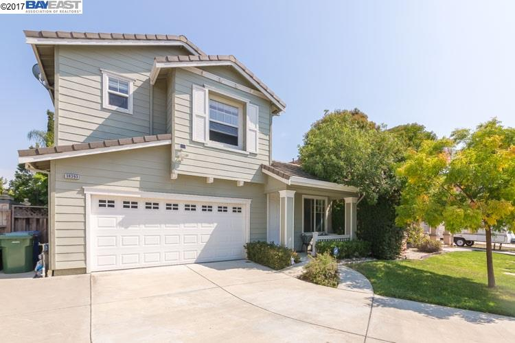 Single Family Home for Sale at 38393 Amaryllis Place Newark, California 94560 United States