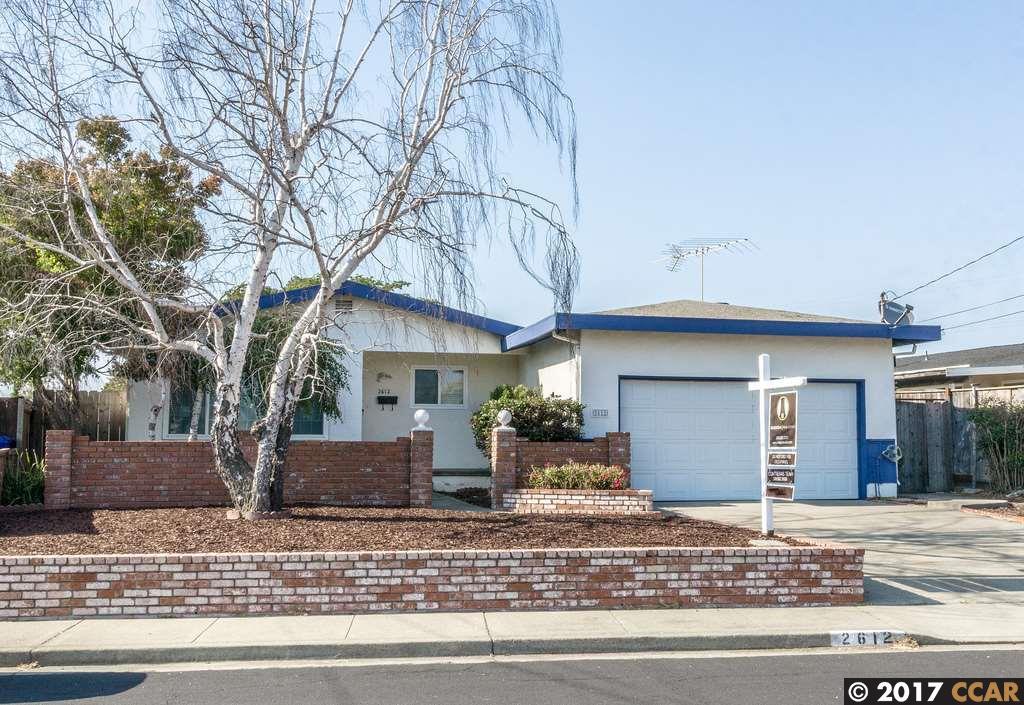 Casa Unifamiliar por un Venta en 2612 Fahey Court Pinole, California 94564 Estados Unidos