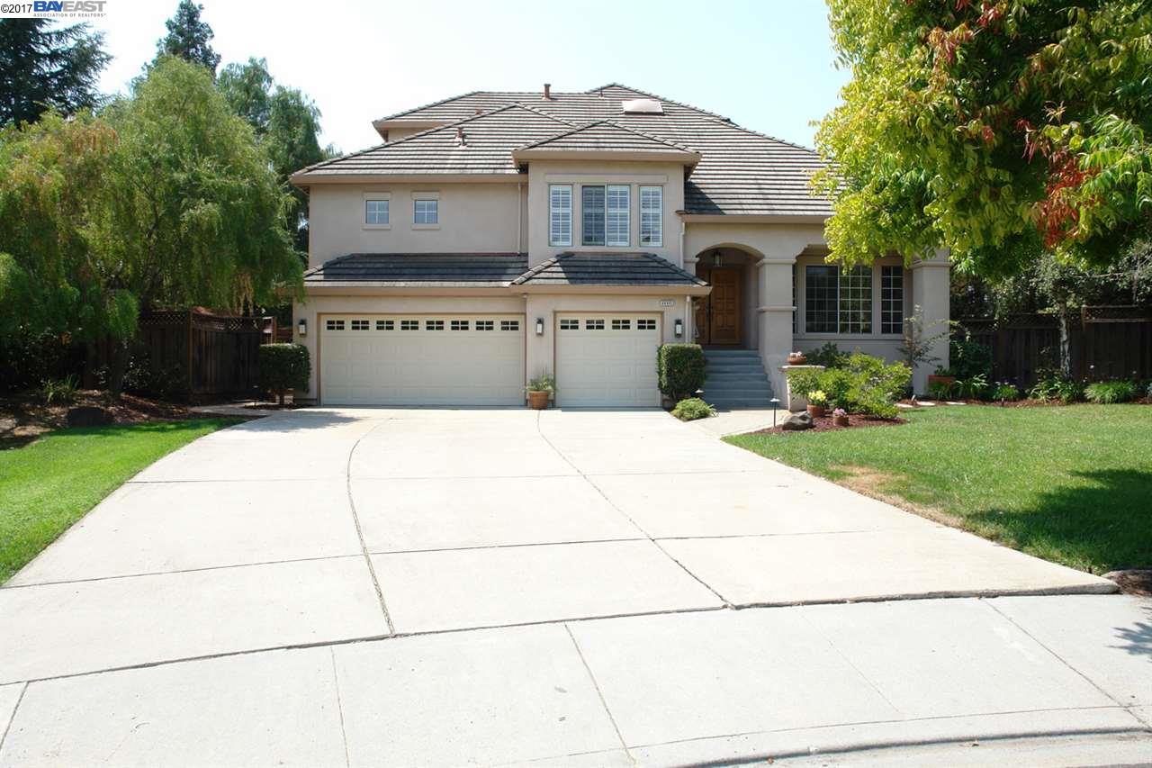 Maison unifamiliale pour l Vente à 44441 Chantecler Court 44441 Chantecler Court Fremont, Californie 94539 États-Unis