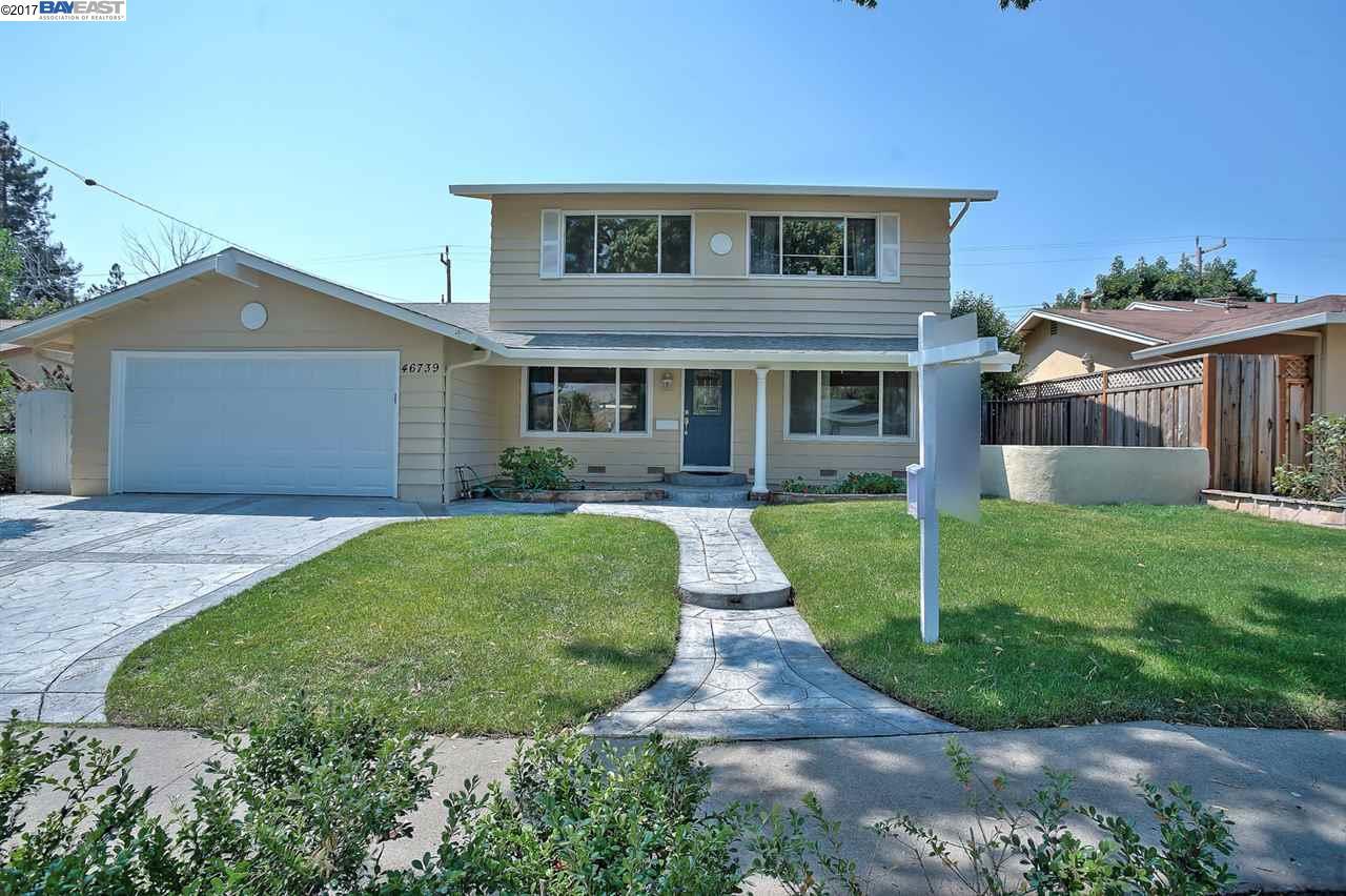 Maison unifamiliale pour l Vente à 46739 Bradley Street Fremont, Californie 94539 États-Unis