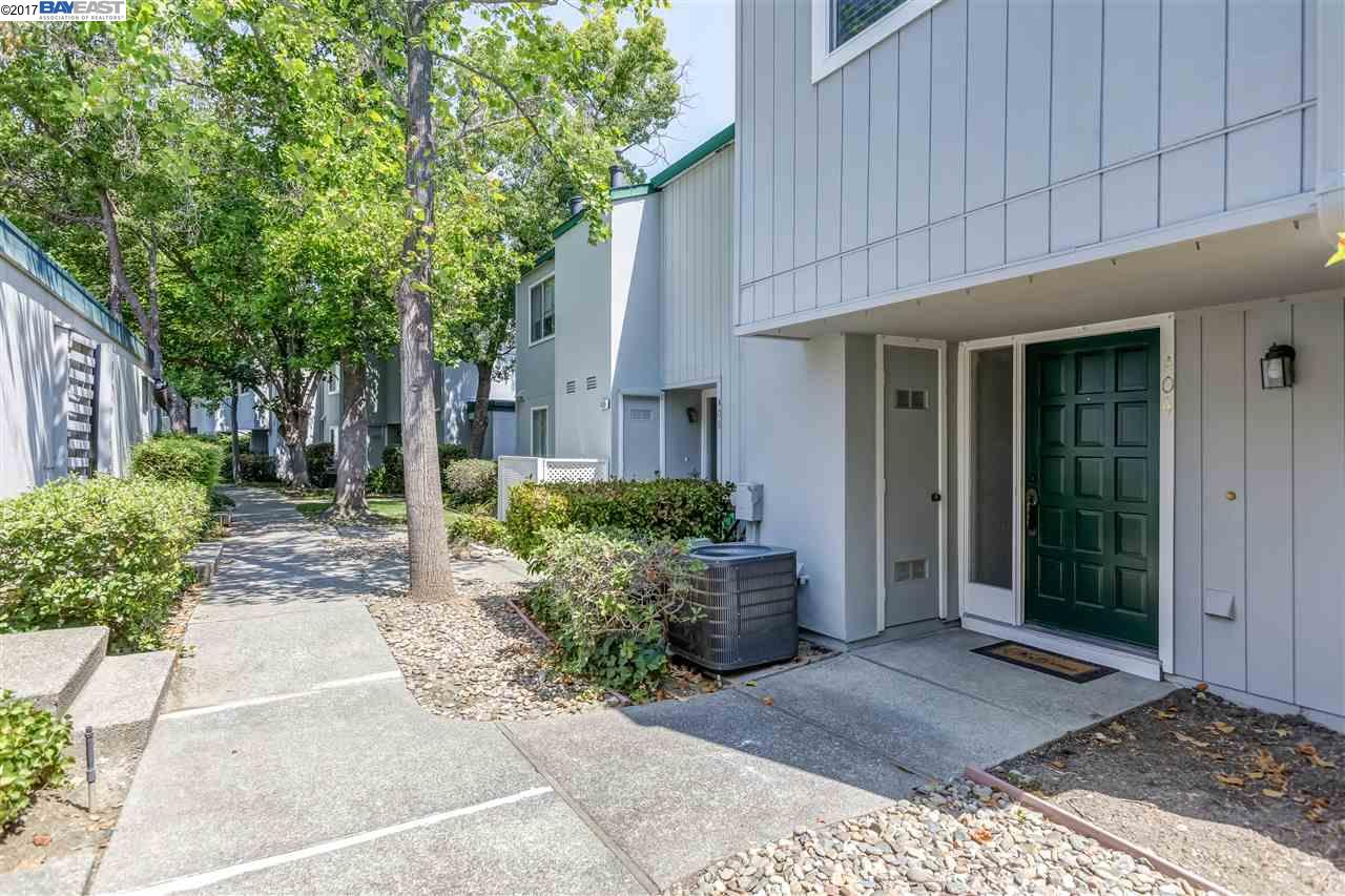 404 OLD ORCHARD CT, DANVILLE, CA 94526
