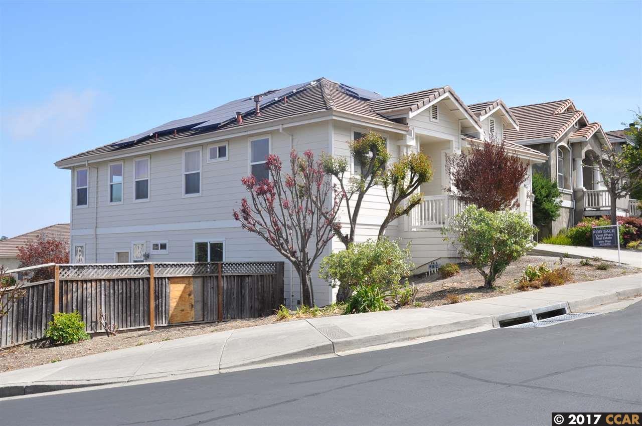 Single Family Home for Sale at 857 Bridgeway Circle 857 Bridgeway Circle El Sobrante, California 94803 United States