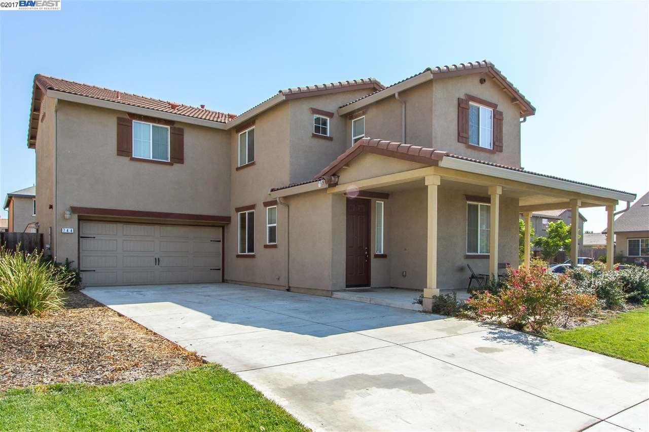 獨棟家庭住宅 為 出售 在 744 Liberty Pt Lathrop, 加利福尼亞州 95330 美國