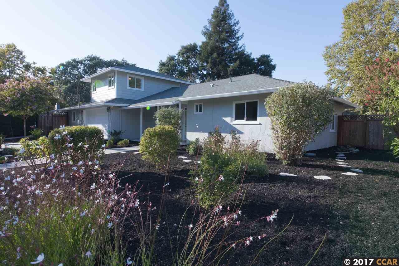 Einfamilienhaus für Verkauf beim 260 Gloria Drive Pleasant Hill, Kalifornien 94523 Vereinigte Staaten