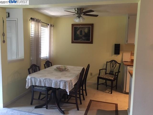 Appartement en copropriété pour l Vente à 99 Wenatchee Cmn. Fremont, Californie 94539 États-Unis