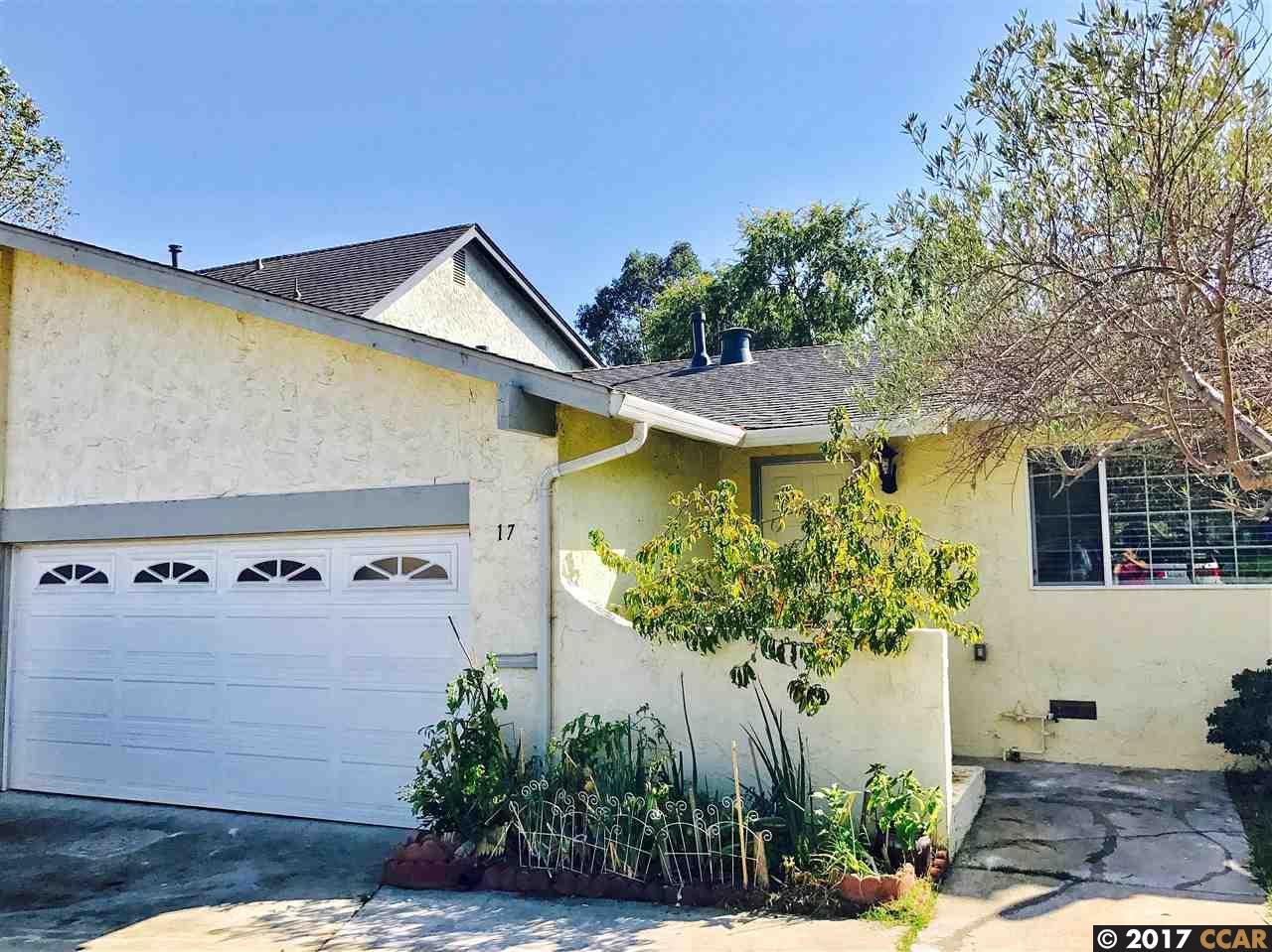 Casa Unifamiliar por un Venta en 17 Parkridge Place Richmond, California 94803 Estados Unidos
