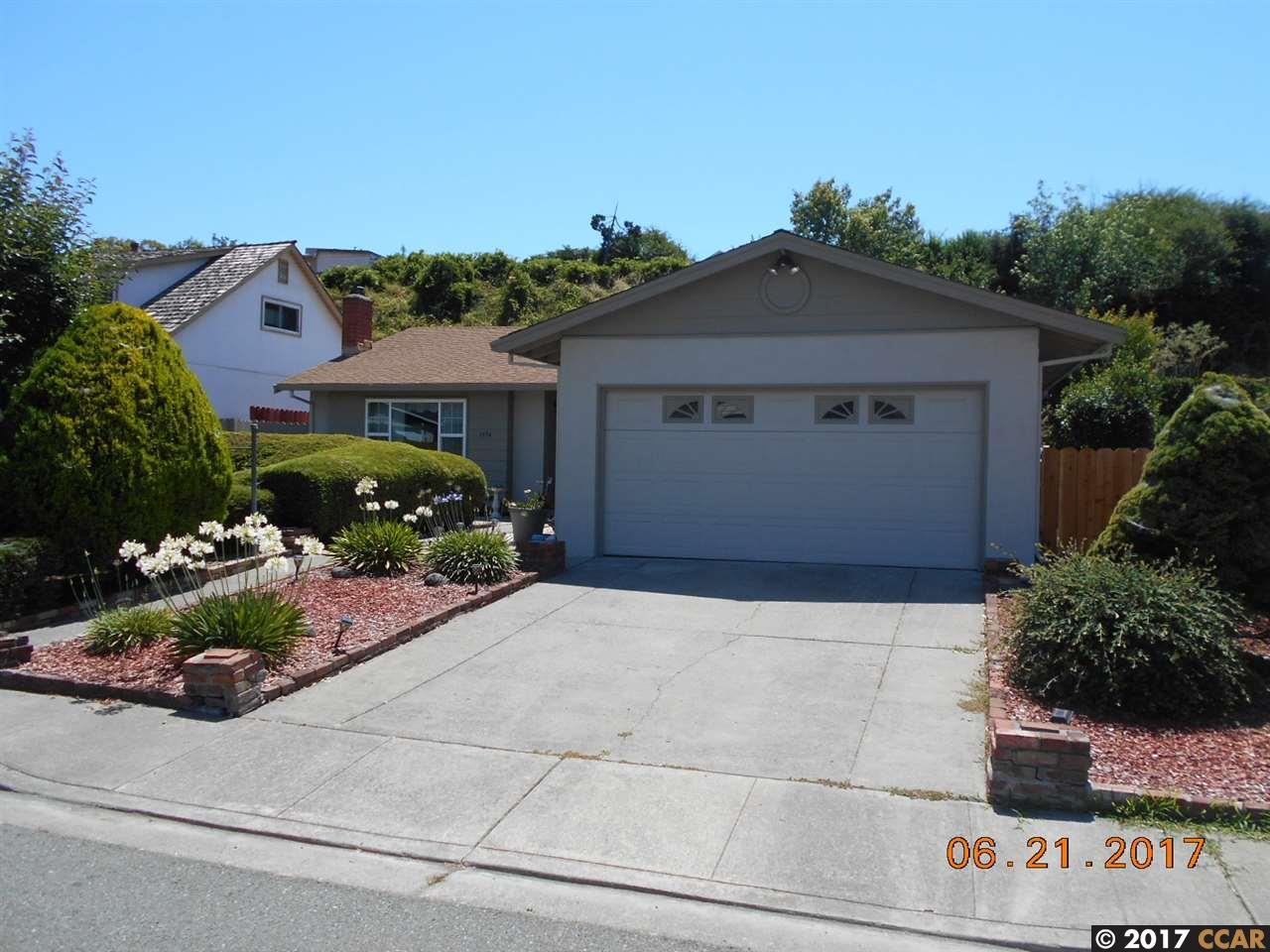 Casa Unifamiliar por un Venta en 1534 Kildare Way Pinole, California 94564 Estados Unidos