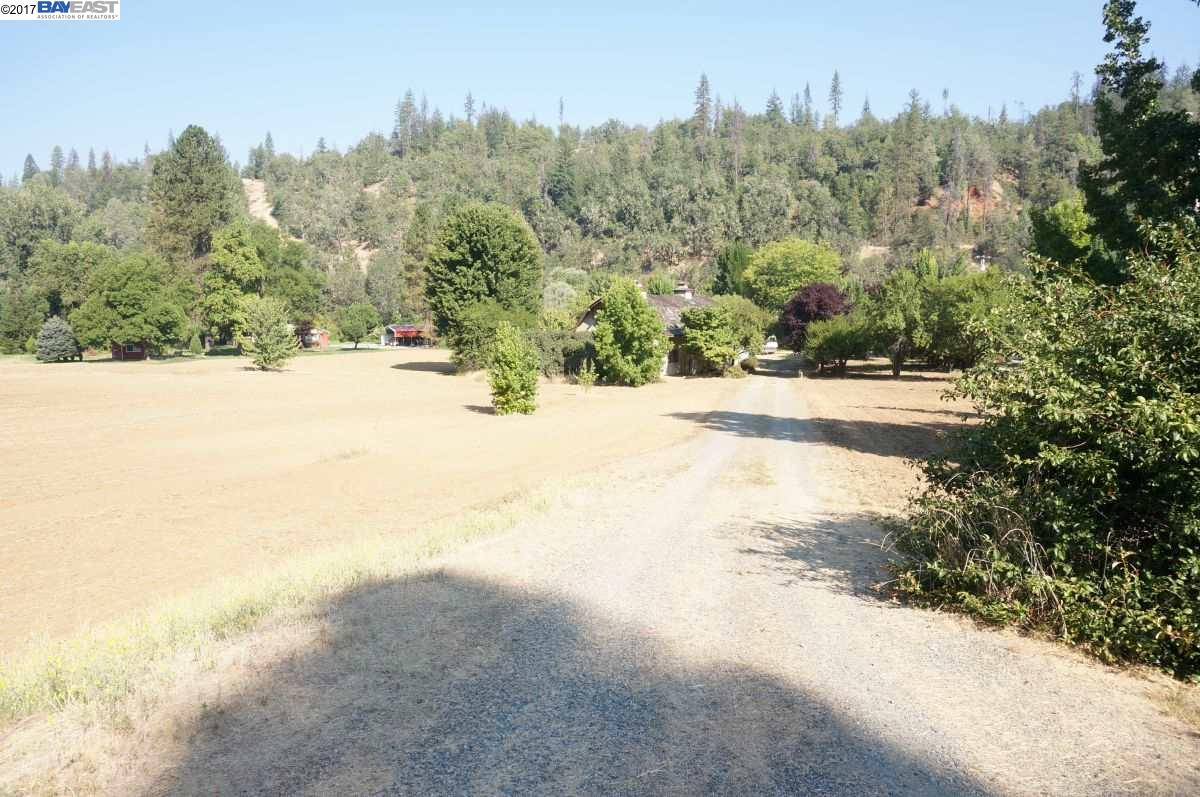 Single Family Home for Sale at 21 River View Frontage 21 River View Frontage Douglas City, California 96024 United States