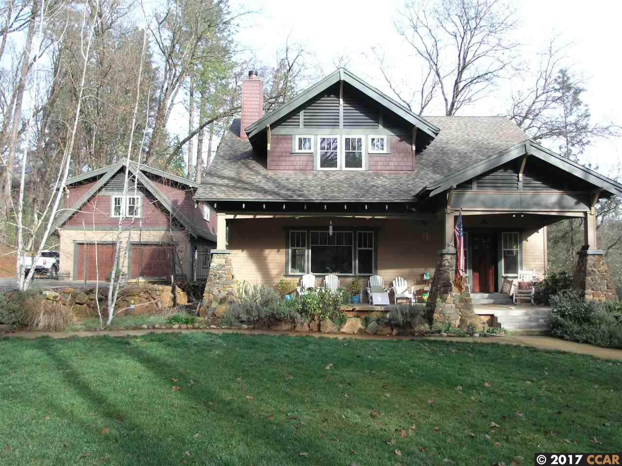 Maison unifamiliale pour l Vente à 2217 Van Giesen Drive 2217 Van Giesen Drive Meadow Vista, Californie 95722 États-Unis