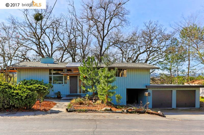 Casa Unifamiliar por un Venta en 395 Nob Hill Drive Walnut Creek, California 94596 Estados Unidos