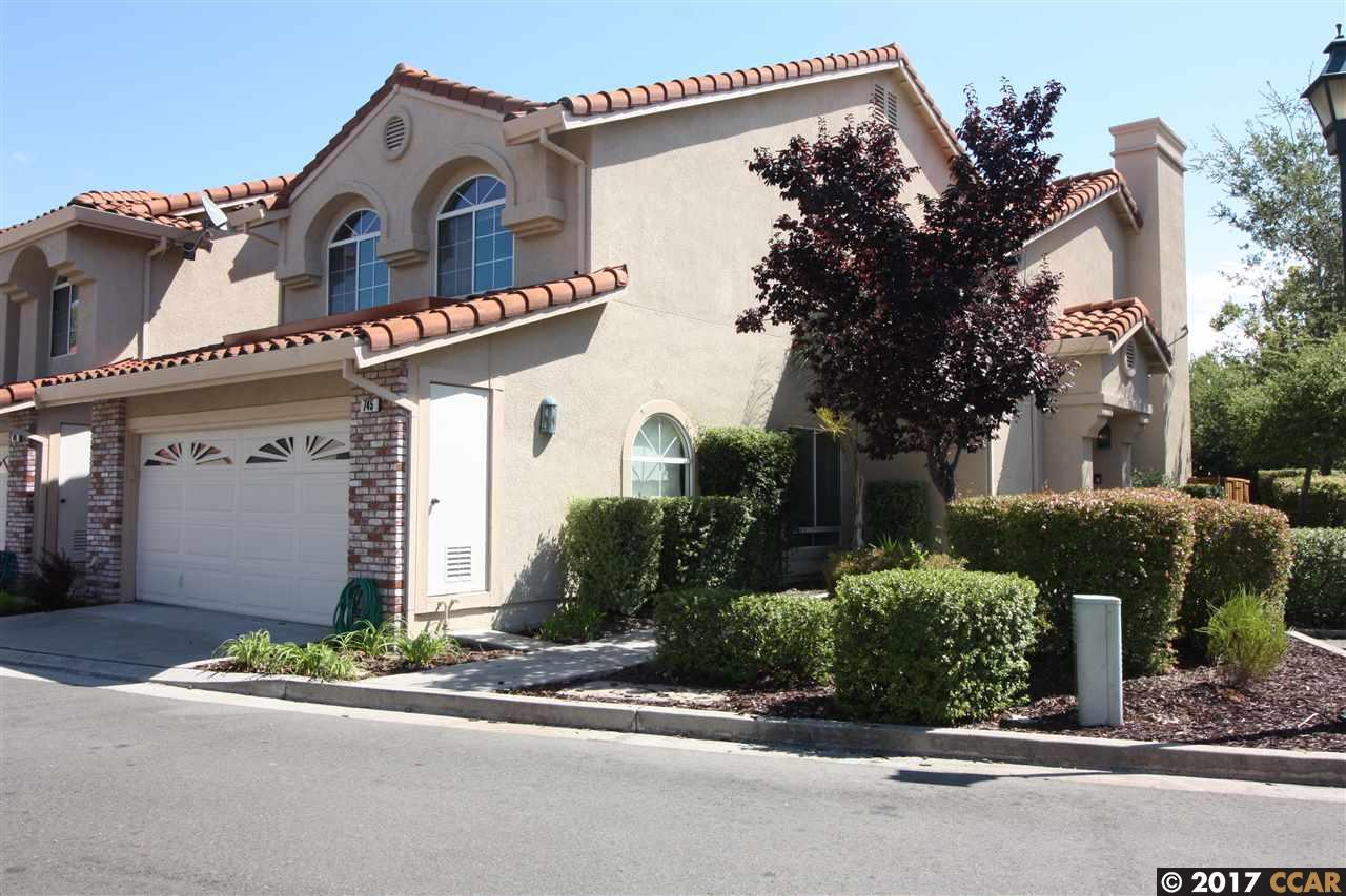 Casa unifamiliar adosada (Townhouse) por un Venta en 745 Galemeadow Circle San Ramon, California 94582 Estados Unidos