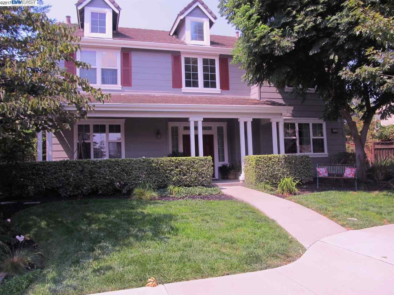 واحد منزل الأسرة للـ Sale في 2450 REES CIRCLE 2450 REES CIRCLE Livermore, California 94550 United States